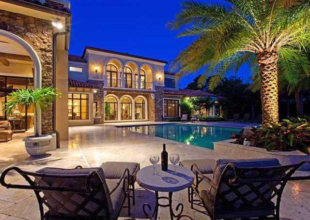 Top 5 luxury pools outdoor living spaces in jupiter fl for Luxury outdoor living spaces